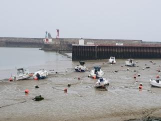 dag 1 - port en bessin laag water