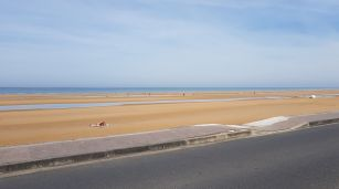 dag 3 - hier start de wandeling - omaha beach