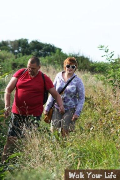 dag 3 vader en dochter verkennen het pad mooie zonnebril trouwens